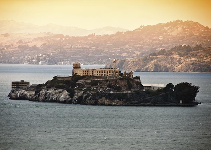 Alcatraz Tour W/ 72hr Unlimited Use Hop On – Hop Off Bus Tour August